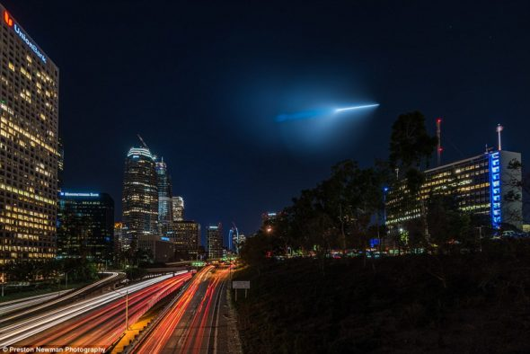 Missile seen over Downtown Los Angeles
